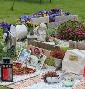 Grabgestaltung-Tierfriedhof-Wien_11